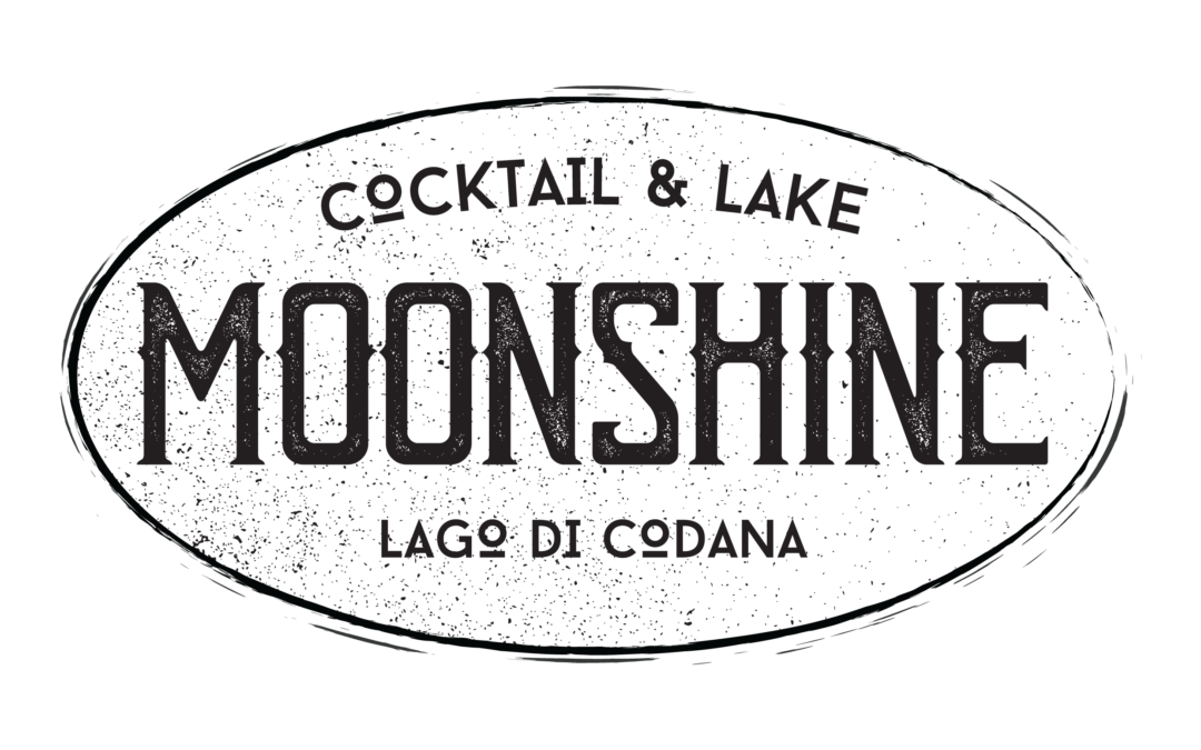 MOONSHINE – Cocktail & Lake